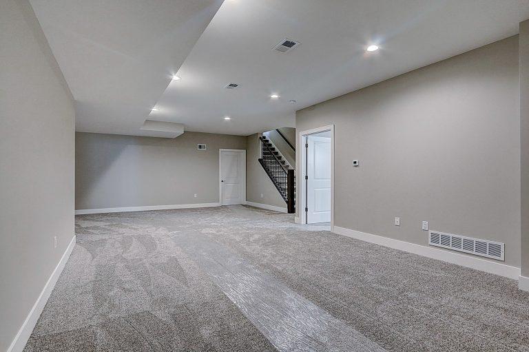 New construction condos for sale Lannon